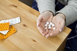 药流加清宫后半个月乳头痛怎么回事