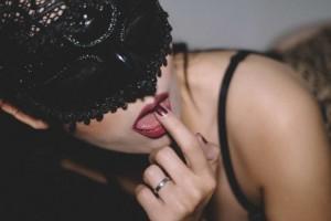舌头舔下面起泡了的原因舌头舔下面起泡了怎么办